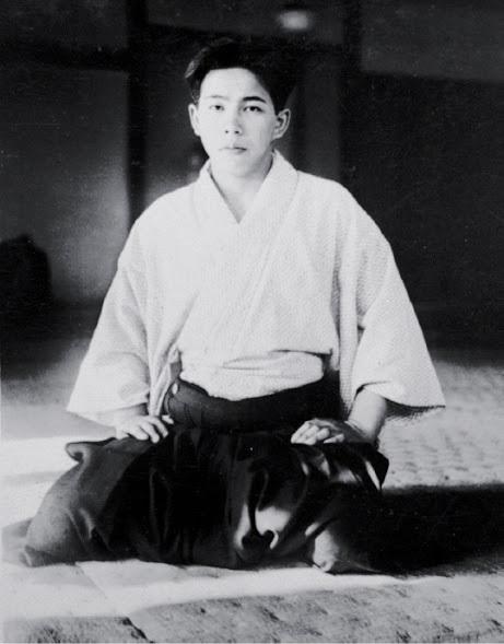 Zenzaburo-AKAZAWA-Kobukan-Dojo-en-1937-b